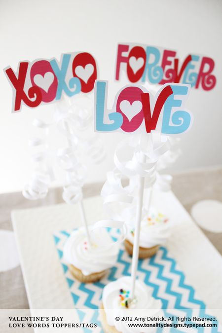 Valentines-Cupcake-Toppers-3